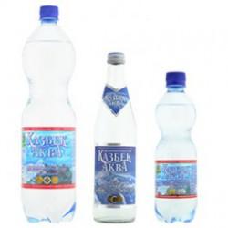 """Вода минеральная лечебно-столовая """"Казбек-Аква , 1,5л."""