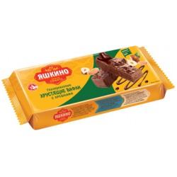 Вафли с шоколадкой глазурью и арахисом